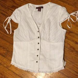 Jones Wear • Button Down Blouse